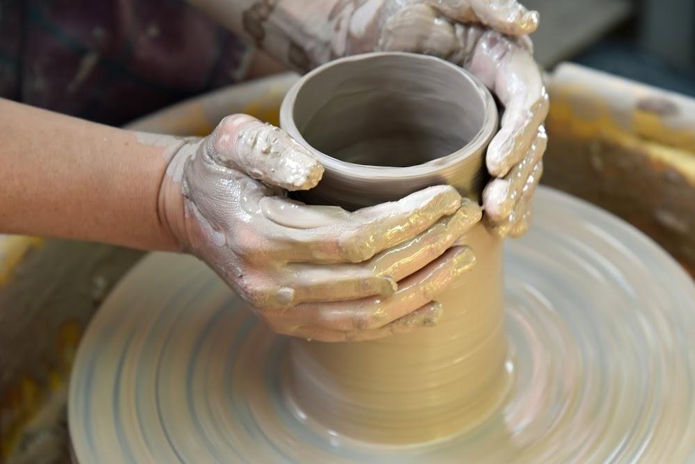 Le stage de poterie d'Automne se met en place.